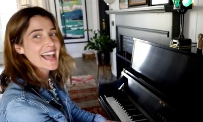 Watch Cobie Smulders perform a quarantine version of 'Let's Go to the Mall' – Entertainment Weekly